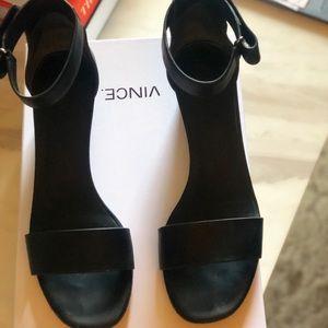 Vince Rita B Leather Sandals Size 7.5